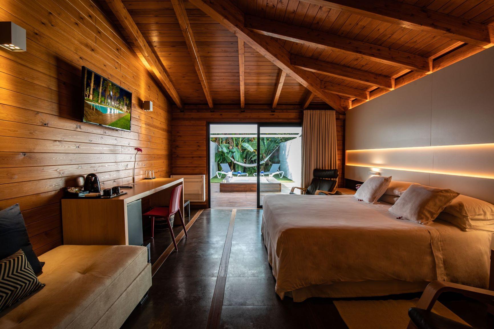 interior_Tropical_Rooms